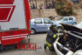 auto-prende-fuoco-vicino-il-liceo-leonardo14803046_10211104607550891_1711607450_o.jpg