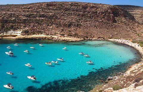 Spiaggia di Lampedusa .jpg