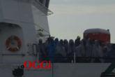 immigrazione-a-porto-empedocle-nave-corsi-img_3600.jpg