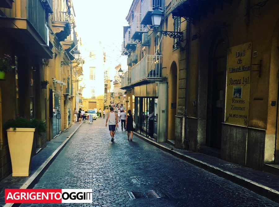 Confcommercio Toscana guarda ai saldi estivi