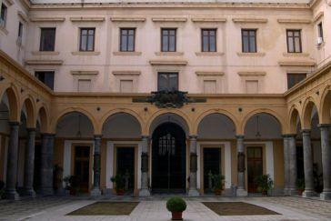 Università-Palermo-facolta-giurisprudenza-e1460046555555-364x243.jpg