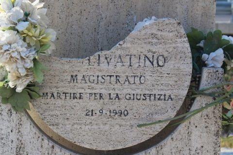 giudice Livatino- danneggiamento- della- stele  in onore
