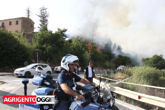 Incendio Porto Empedocle Polizia e Vigili del Fuoco - Foto Sandro CataneseIMG_3044